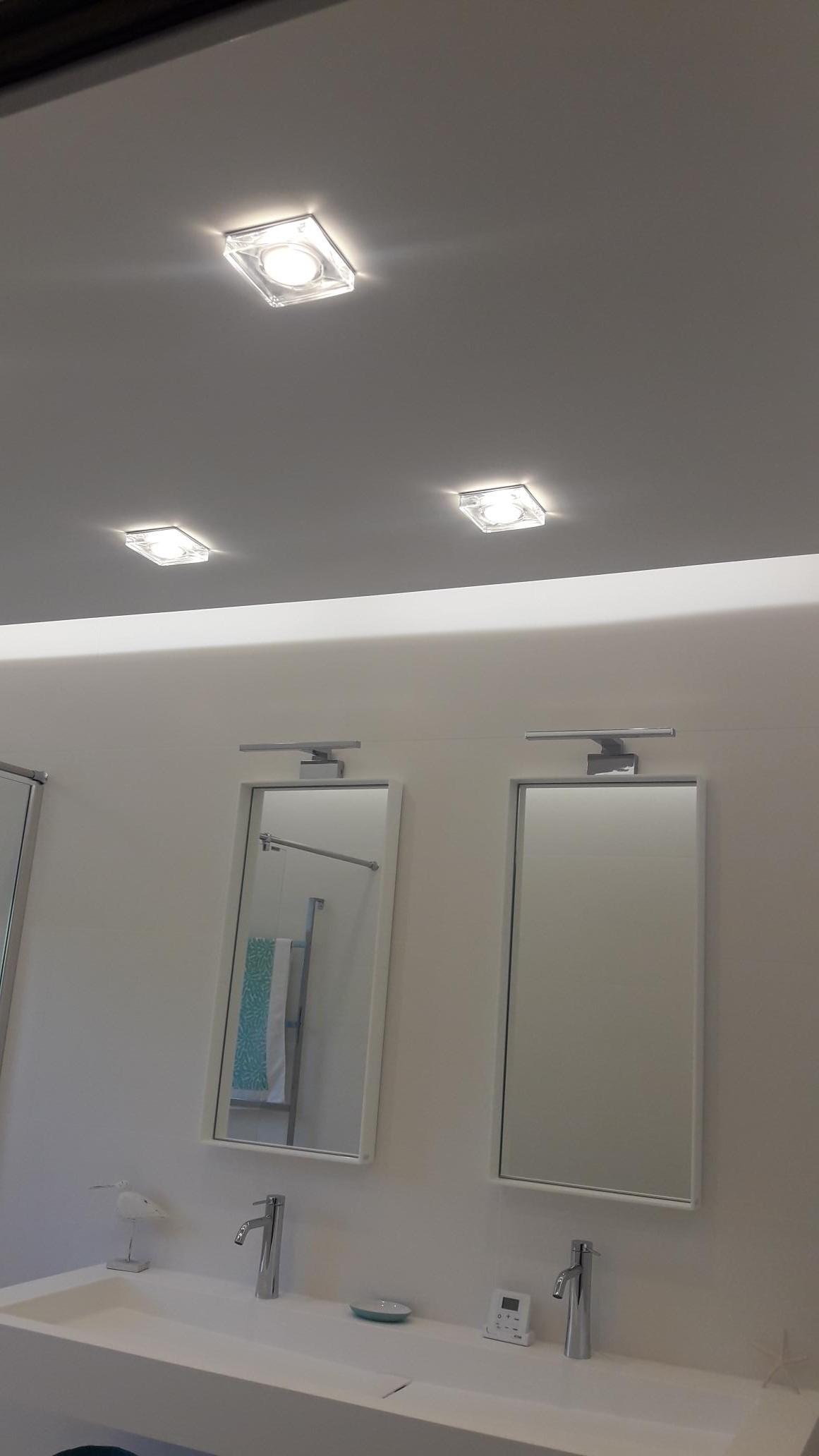 Faux Plafond Cuisine Spot Led salle de bain avec faux plafond rétro éclairage led crozon
