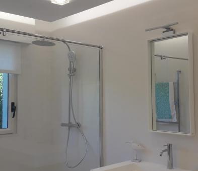 Faux plafond avec spot verre et rétroéclairage led
