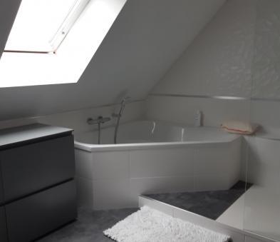 baignoire d'angle tablier carrelé